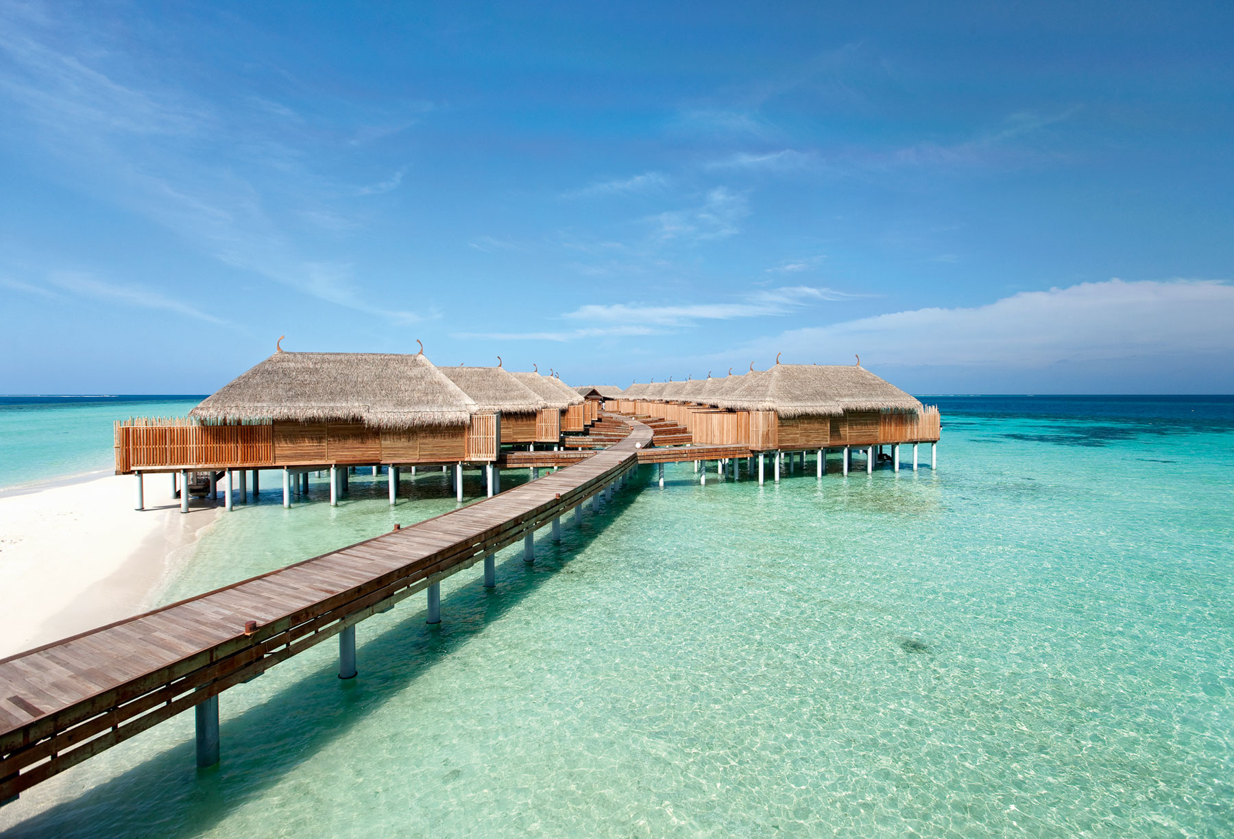 Luxurious-Constance-Moofushi-Maldives-Resort-9